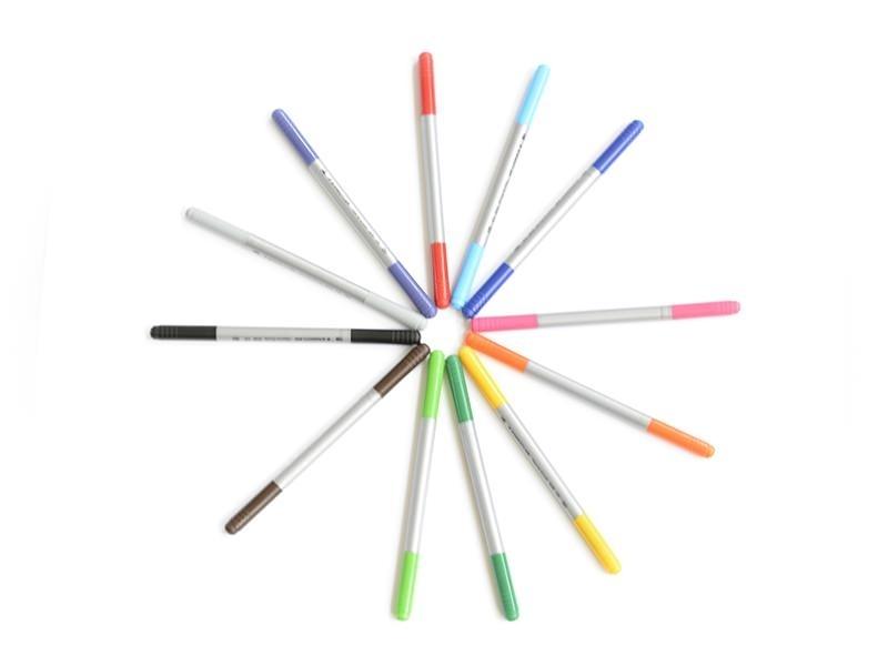 12 Feutres de coloriage - double pointe
