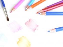 12 watercolour pencils + brush