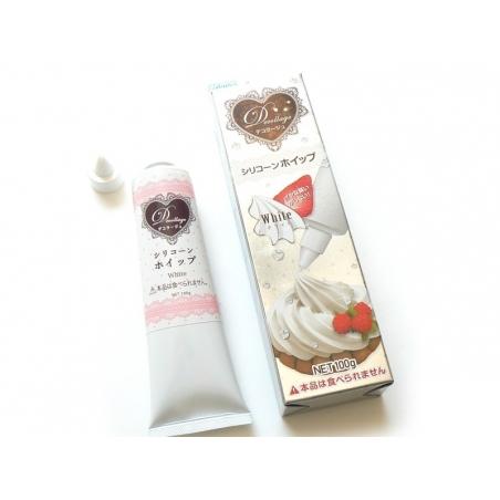 Weiße Schlagsahne mit Spritztülle von PADICO (100 g)