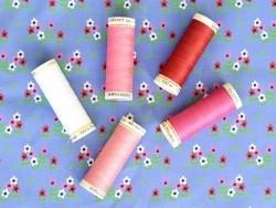 Sew-all thread - -100 m - Dark pink (colour no. 890)