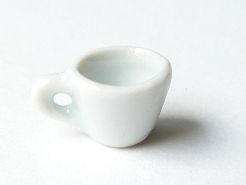 TASSE miniature  - pour vitrines miniatures et bijoux gourmands  - 1
