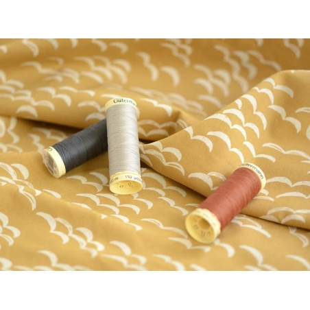 Sew-all thread - -100 m - Khaki (colour no. 676)