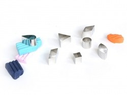 42 biscuit cutters - geometric shapes