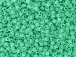 Miyuki Delicas 11/0 - emerald green, no. 2125
