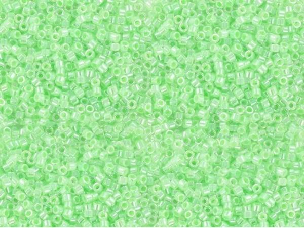 Miyuki Delicas 11/0 - light green, no. 237