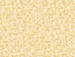 Miyuki Delicas 11/0 - beige (Farbnr. 732)
