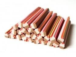 Acheter Cane cupcake et ses vermicelles colorés - 0,99€ en ligne sur La Petite Epicerie - 100% Loisirs créatifs