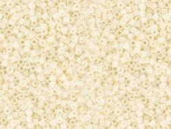 Miyuki Delicas 11/0 - Crème clair 203