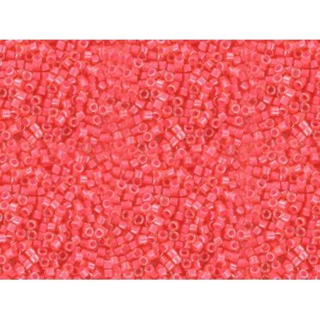 Acheter Miyuki Delicas 11/0 - Luminous poppy 2051 - 1,99€ en ligne sur La Petite Epicerie - Loisirs créatifs
