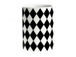 Cup with a geometric design - Black diamonds