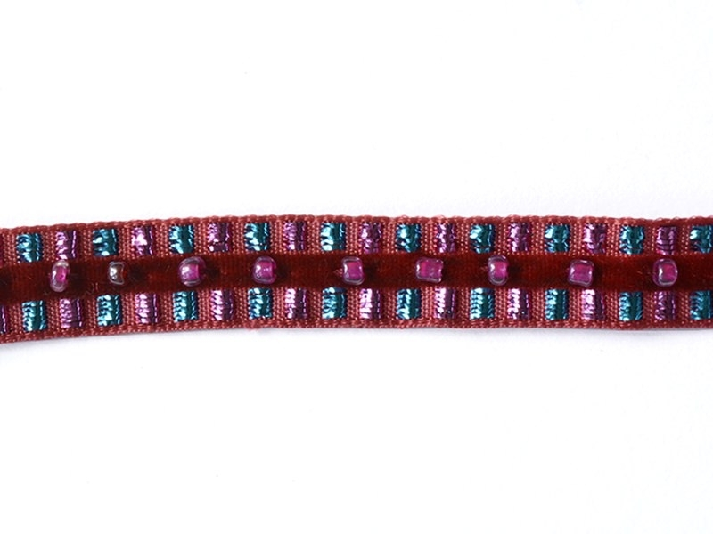 Lurex and bead trim (10 mm) - Red (colour no. 071)