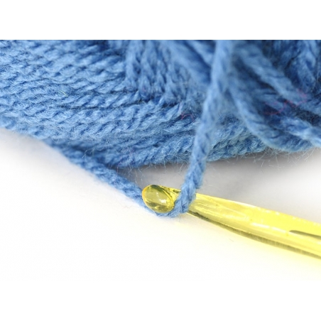 Neon-coloured crochet hook (5 mm) - Plastic