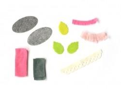 Kit de création - Bouquets de fleurs en feutrine vert clair et rose Rico Design - 1