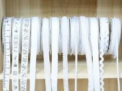 Woven Grosgrain ribbon spool (2 m) - measuring tape print (10 mm) - white (colour no. 001)