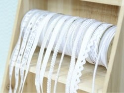 Decorative ribbon spool (2 m) - passament border (8 mm) - white (colour no. 001)