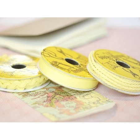 Grosgrain ribbon spool (2 m) - Rickrack (9 mm) - yellow (colour no. 079)