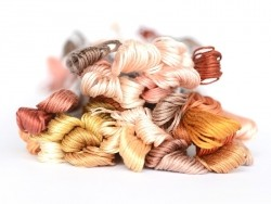 Stranded cotton skein (8 m) - Pink (colour no. 3825)