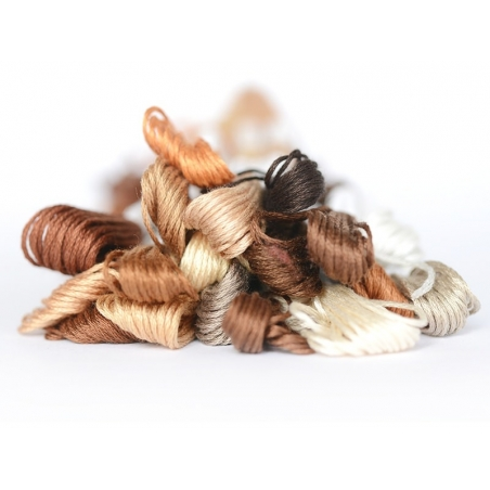 Acheter Echevette de coton mouliné de 8 m - Marron 300 - 1,39€ en ligne sur La Petite Epicerie - Loisirs créatifs