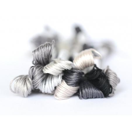Acheter Echevette de coton mouliné de 8 m - Gris 414 - 1,39€ en ligne sur La Petite Epicerie - Loisirs créatifs