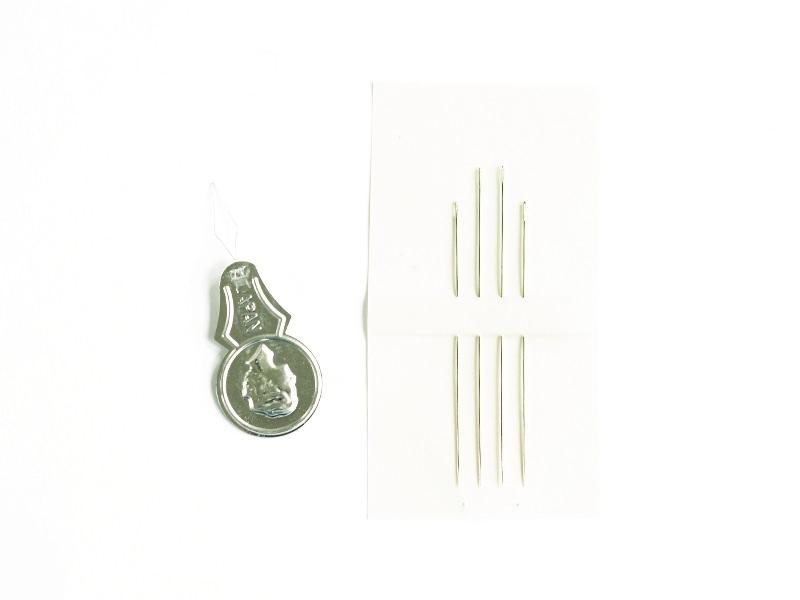 Set of 4 beading needles + a needle threader