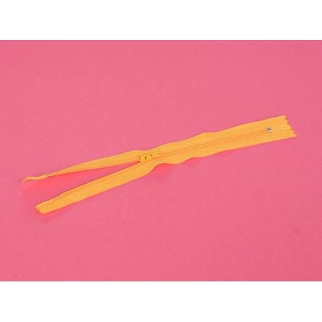 Acheter Fermeture éclair fine 20 cm - Orange - 1,29€ en ligne sur La Petite Epicerie - 100% Loisirs créatifs