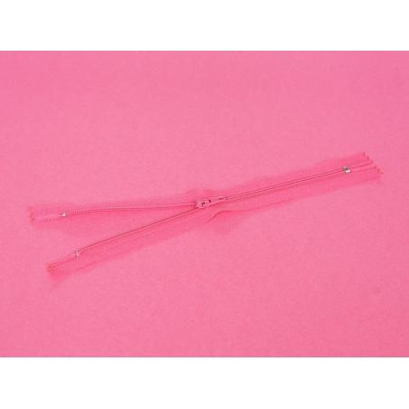 Acheter Fermeture éclair fine 20 cm - Rose fushia - 1,29€ en ligne sur La Petite Epicerie - 100% Loisirs créatifs