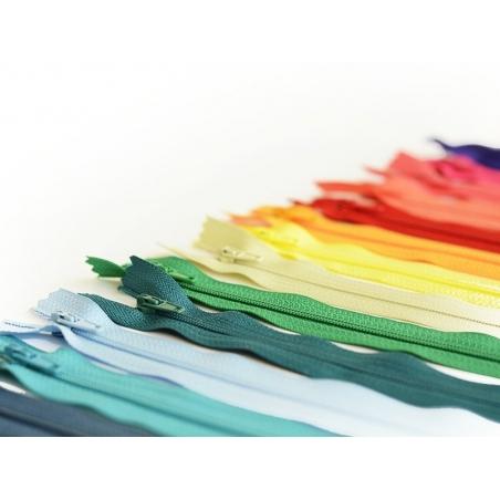 Acheter Fermeture éclair fine 20 cm - Blanc - 1,29€ en ligne sur La Petite Epicerie - 100% Loisirs créatifs