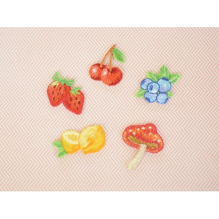 Iron-on patch - Berries