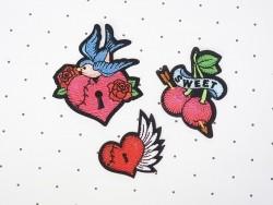Ecusson thermocollant tatouage - Cadenas coeur et oiseau