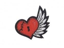 Bügelbild im Tattoostil - Geflügeltes Herz