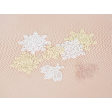 Iron-on patch - Lace bee - Pink powder