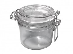 Mason jar with a lid