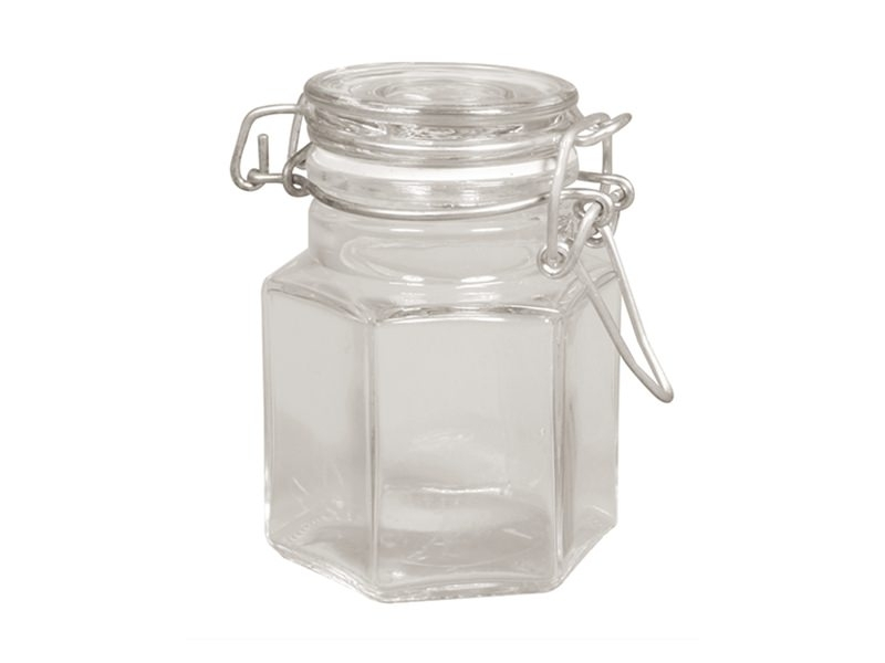 Small mason jar with a lid