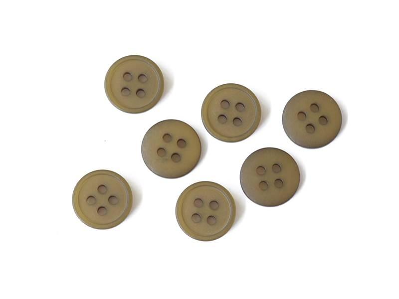 Plastic button (15 mm) with 4 buttonholes - Khaki