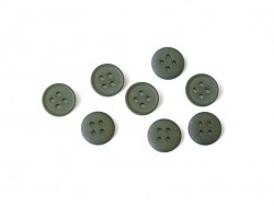 Plastic button (15 mm) with 4 buttonholes - Olive green