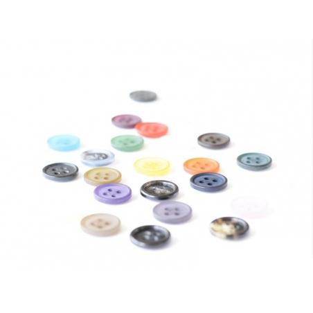Plastic button (15 mm) with 4 buttonholes - Fir green