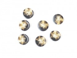 Plastic button (15 mm) with 4 buttonholes - Brown and beige marbled