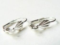 Acheter 1 paire de boucles d'oreilles dormeuses coquillage - 2,59€ en ligne sur La Petite Epicerie - 100% Loisirs créatifs