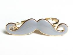 Une double bague moustache grise
