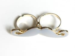 A grey moustache double ring