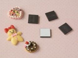 10 square, self-adhesive magnetic sheets