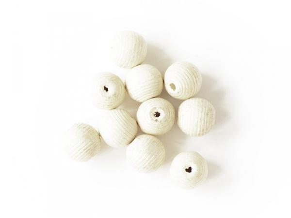 10 perles en bois vernis - Ronde à rainures 20 mm