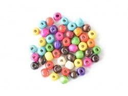 50 perles rondes multicolores en bois vernis - 10 mm
