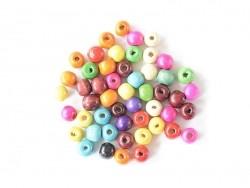 50 perles rondes multicolores en bois vernis - 12 mm