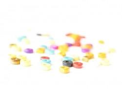 50 varnished wooden beads - Wheel (8 mm)