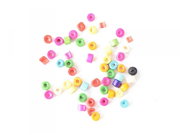 50 varnished wooden beads - Wheel (4 mm)