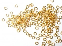 100 gold-coloured jump rings, 3.5 mm