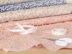 Acheter Tissu Liberty - Margaret - 2,90€ en ligne sur La Petite Epicerie - Loisirs créatifs