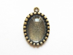 Customisable bronze-coloured pendant and a glass cabochon