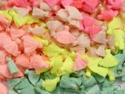 Pendentif pompon - rose poudre
